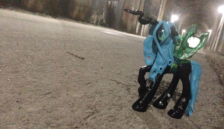 custom-ponies-slider